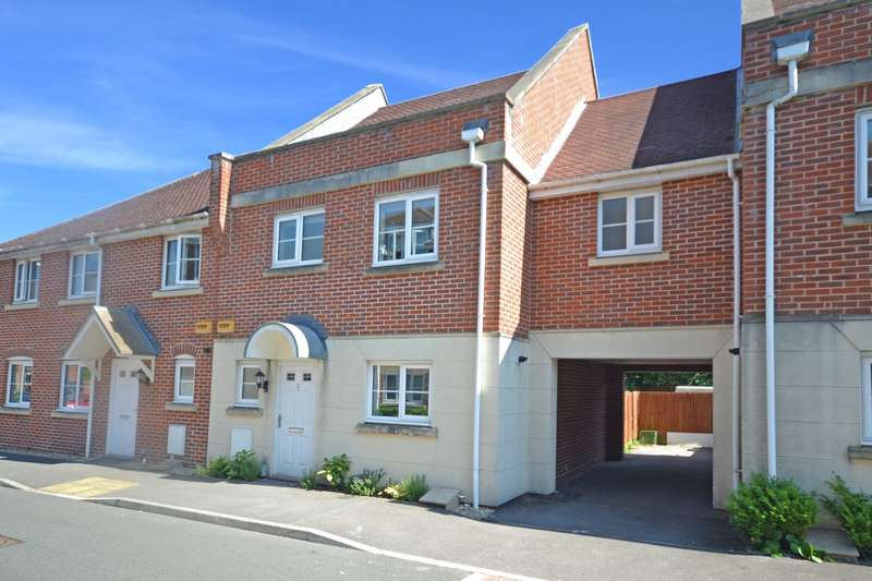 4 Bedrooms House for sale in Spiro Close, Pulborough, West Sussex, RH20