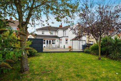 4 Bedrooms Semi Detached House for sale in Charnwood Street, Sutton-In-Ashfield, Nottinghamshire, Notts