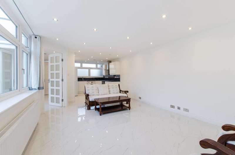 4 Bedrooms Bungalow for rent in Dorrien Walk, Streatham Hill, SW16