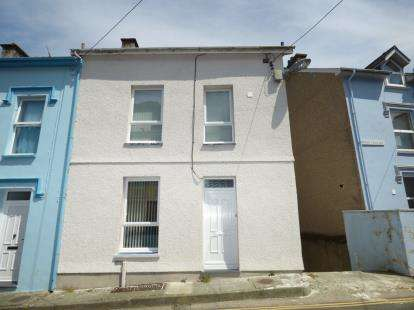 4 Bedrooms End Of Terrace House for sale in Roche Terrace, Porthmadog, Gwynedd, LL49
