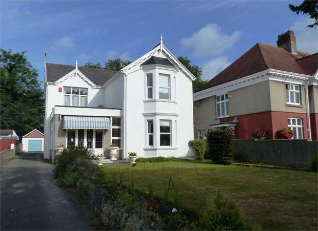 4 Bedrooms Detached House for sale in Merthyr Mawr Road, Bridgend, Bridgend, Mid Glamorgan