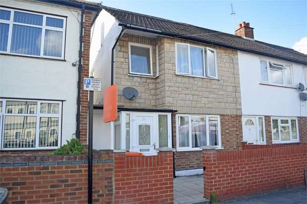 3 Bedrooms Semi Detached House for sale in Cedars Road, London