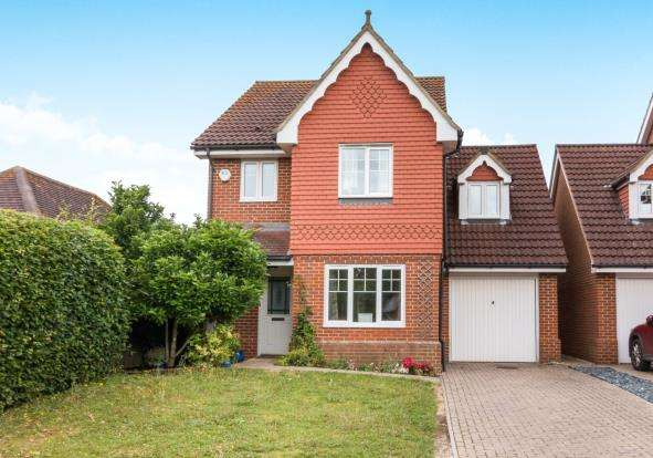 3 Bedrooms Detached House for sale in Oakley, Basingstoke, Hampshire
