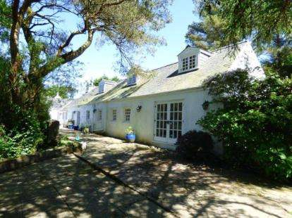 4 Bedrooms Detached House for sale in Dinas, Pwllheli, Gwynedd, LL53