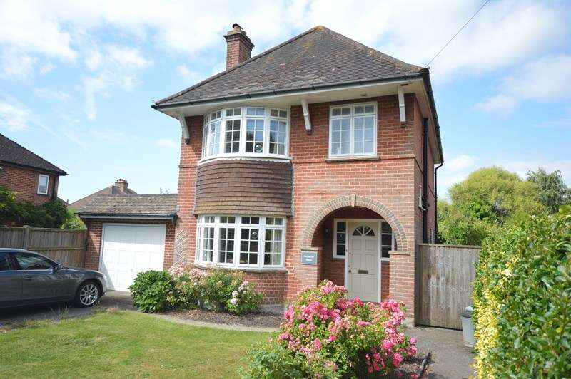 3 Bedrooms Detached House for sale in Queen Katherine Road, Lymington