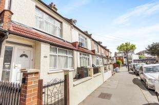 3 Bedrooms Terraced House for sale in Beverstone Road, Thornton Heath