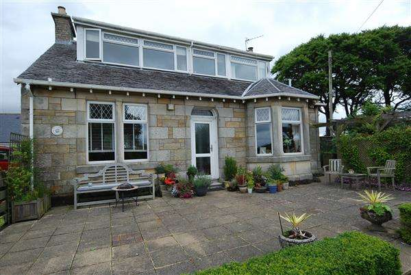 4 Bedrooms Detached House for sale in Whithurst Farmhouse, Kilwinning