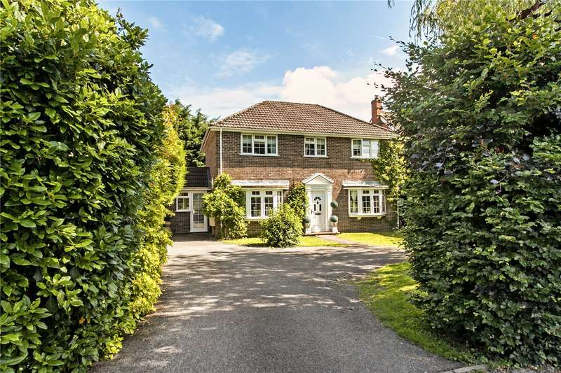 4 Bedrooms Detached House for sale in Speen Lane, Newbury, Berkshire, RG14