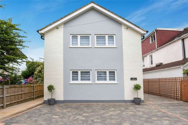 2 Bedrooms Flat for sale in 32 Victoria Road, Mill Hill, London