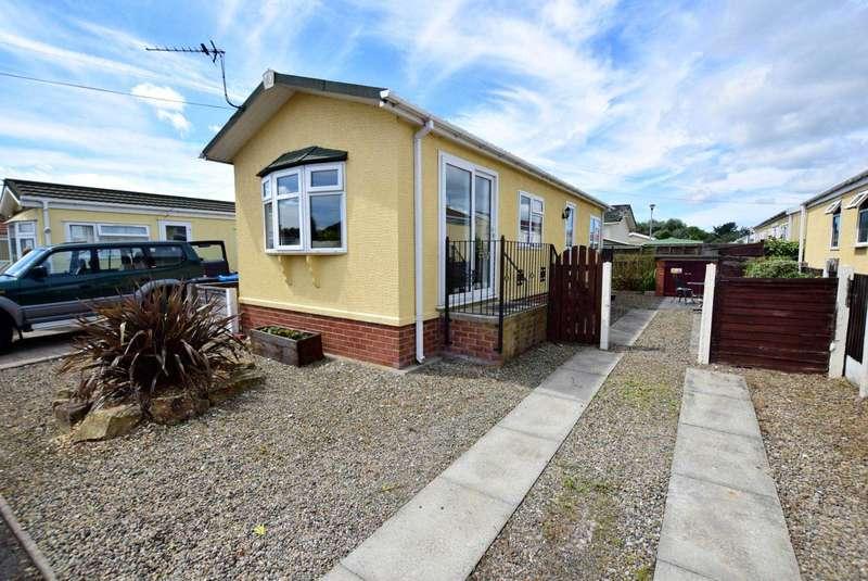 2 Bedrooms Park Home Mobile Home for sale in Ash Drive, Freckleton