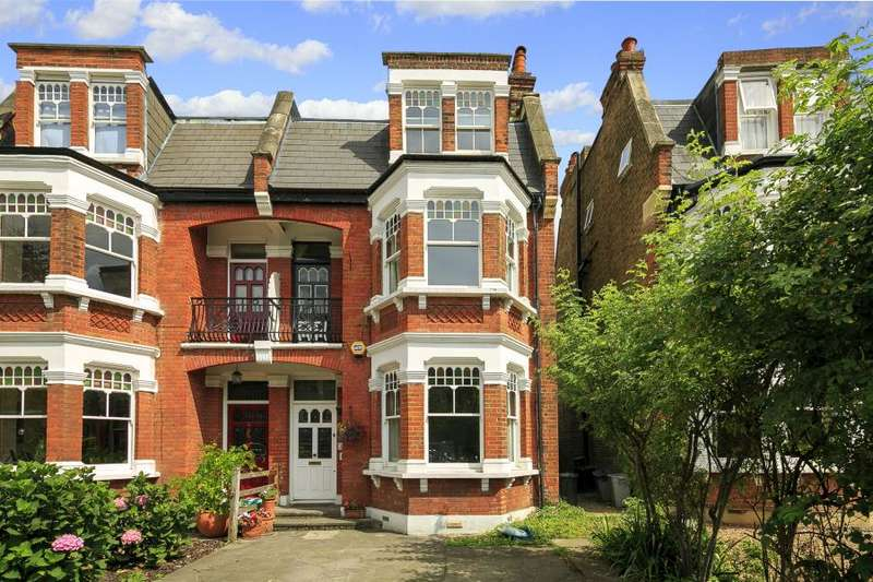 5 Bedrooms Semi Detached House for sale in Wellington Road, Hampton Hill, TW12