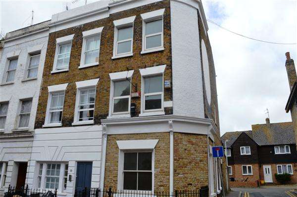 3 Bedrooms End Of Terrace House for sale in High Street, Ramsgate