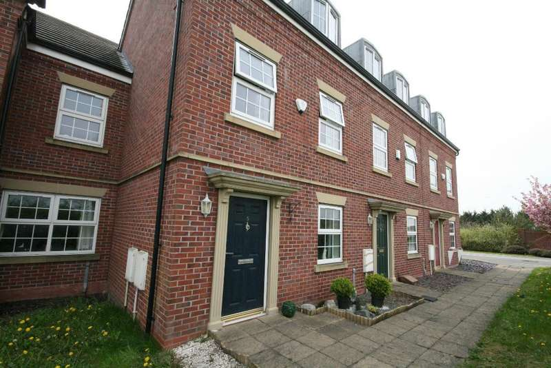 4 Bedrooms Mews House for sale in Otterstye View, Southport, PR8 5BH