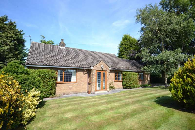 4 Bedrooms Detached Bungalow for sale in Dark Lane, Gawsworth, Macclesfield