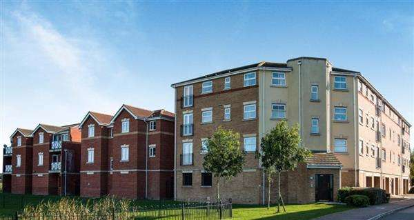 1 Bedroom Apartment Flat for sale in Holmes Court, Fenners Marsh, Gravesend