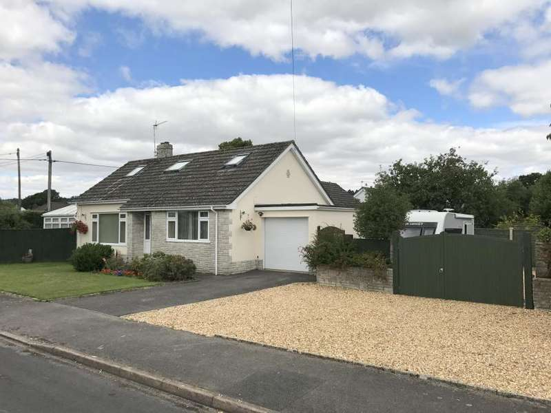 3 Bedrooms Detached Bungalow for sale in WIMBORNE