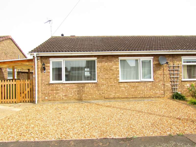 2 Bedrooms Bungalow for sale in Curlew Close, Whittlesey, PE7