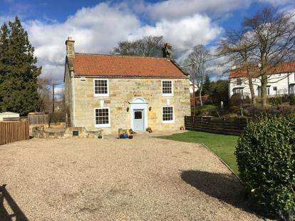 4 Bedrooms Detached House for sale in The Holme, Great Broughton, North Yorkshire