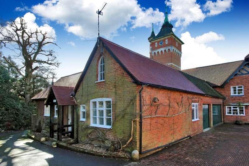3 Bedrooms Semi Detached House for sale in Northlands Road, Warnham
