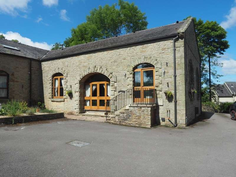 2 Bedrooms Barn Conversion Character Property for sale in Ashbourne lane, Chapel-en-le-Frith, High Peak, Derbyshire, SK23 9UG