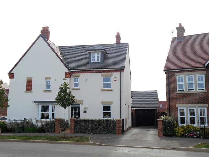 3 Bedrooms Semi Detached House for sale in Martell Drive, Kempston, Bedfordshire, MK42 7FJ