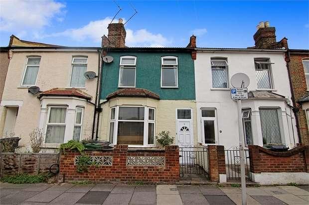 2 Bedrooms Terraced House for sale in Queen Elizabeth Road, Walthamstow, London