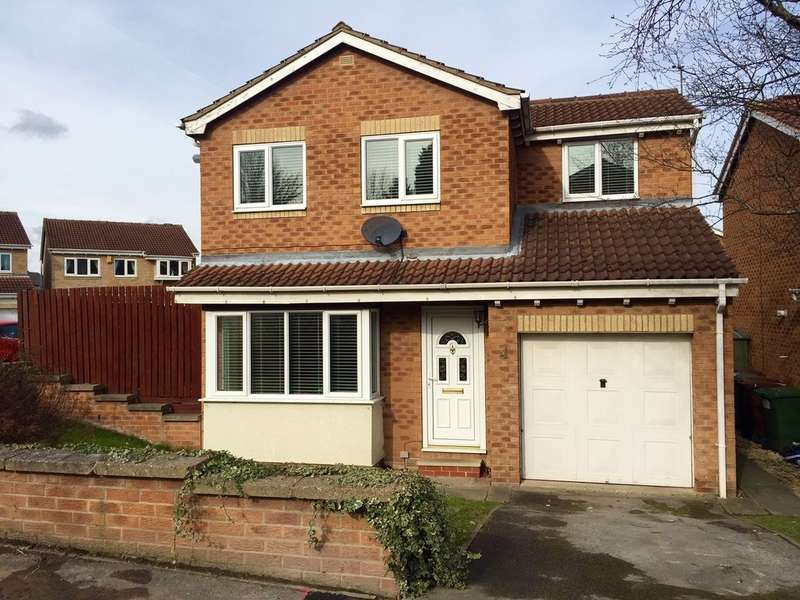 4 Bedrooms Detached House for sale in Durkar Rise, Crigglestone, Wakefield
