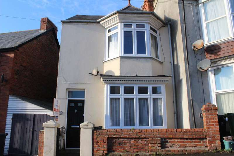 3 Bedrooms Semi Detached House for sale in Clearmount Road, Rodwell, Weymouth, Dorset, DT4 9LD