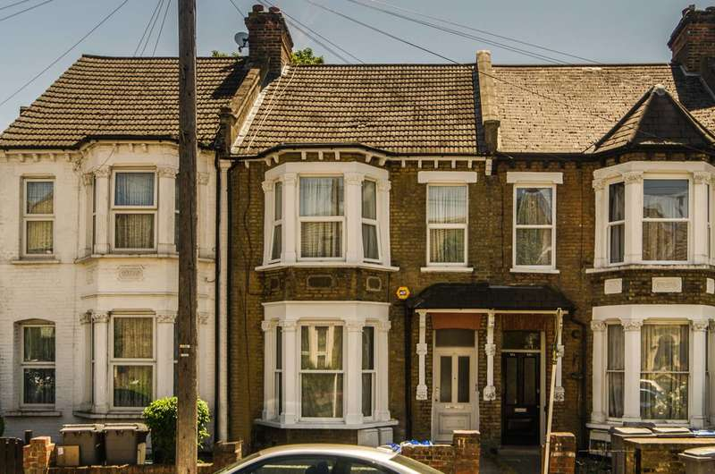 3 Bedrooms Maisonette Flat for sale in Nightingale Road, Harlesden, NW10