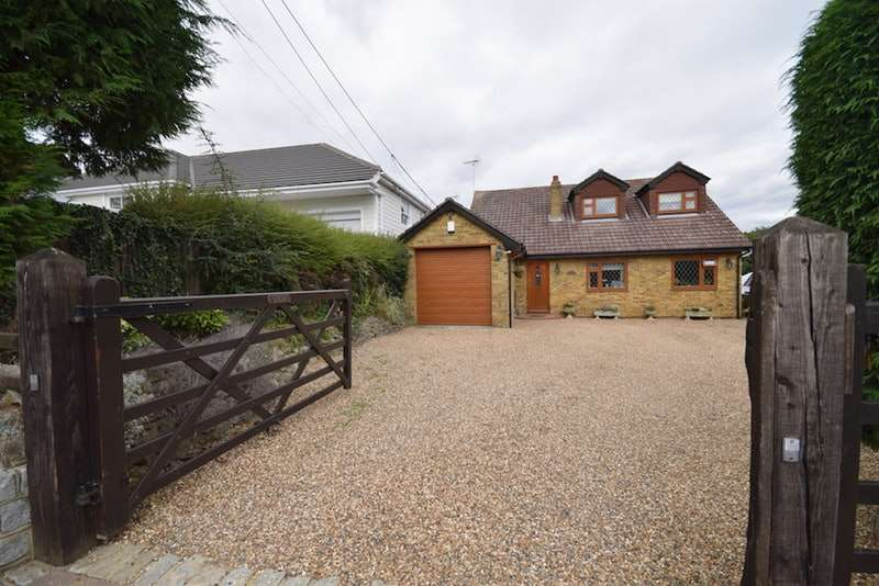 5 Bedrooms Detached House for sale in Church Road, Sevenoaks, Kent, TN15