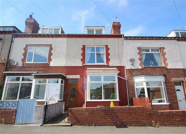 3 Bedrooms Terraced House for sale in Sunny Avenue, South Elmsall