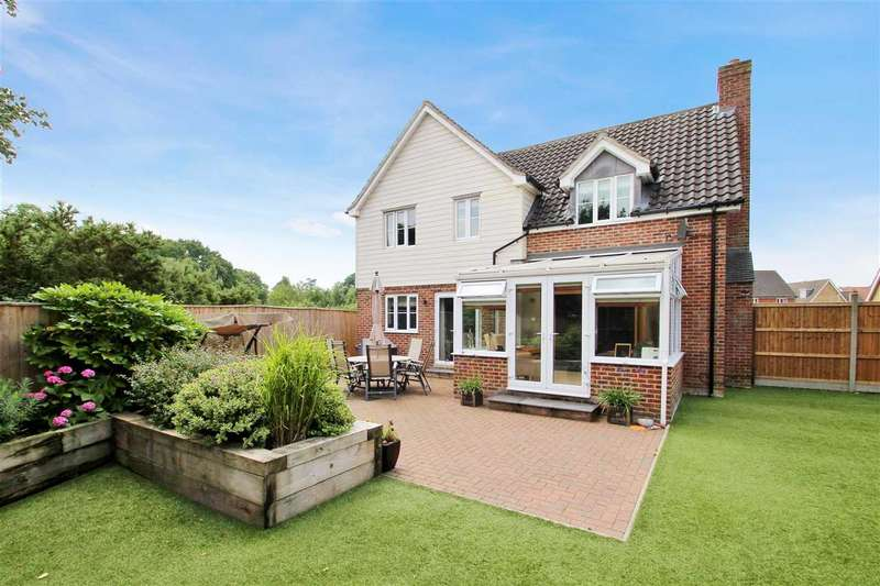 4 Bedrooms Detached House for sale in Vincent Drift, Grange Farm, Kesgrave, Ipswich