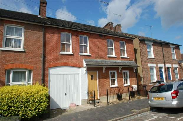 4 Bedrooms Terraced House for sale in Albion Road, St Albans, Hertfordshire