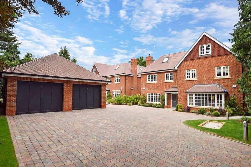 4 Bedrooms Semi Detached House for sale in Poyle Lane, Burnham, SL1