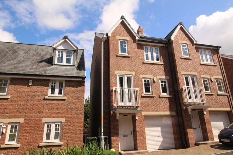 3 Bedrooms Semi Detached House for sale in Bowman Drive, Hexham