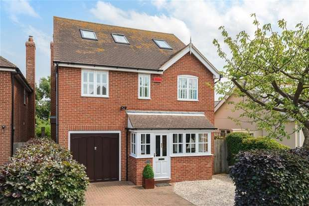 5 Bedrooms Detached House for sale in Graystone Road, Tankerton, Whitstable