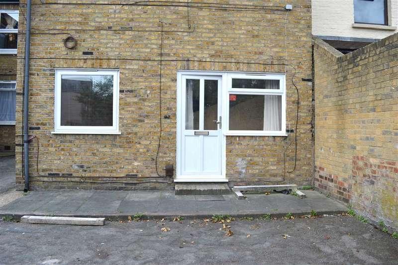1 Bedroom Apartment Flat for sale in Essex Road, Dartford