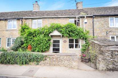 3 Bedrooms Terraced House for sale in The Street, Hullavington, Chippenham, Wiltshire