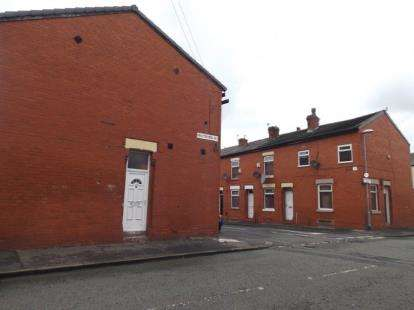 2 Bedrooms Terraced House for sale in Knutsford Road, Manchester, Greater Manchester