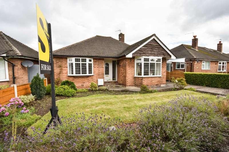 2 Bedrooms Detached Bungalow for sale in Sandringham Drive, Poynton