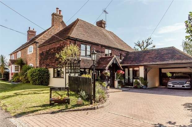3 Bedrooms Detached House for sale in Addington Green, Addington, West Malling, Kent