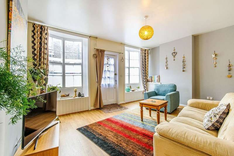2 Bedrooms Flat for sale in Hereson Road, Ramsgate, CT11