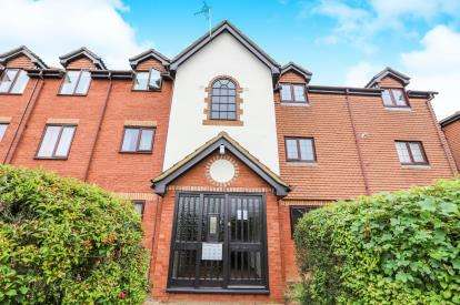 1 Bedroom Flat for sale in Cromwell Road, Letchworth Garden City, Hertfordshire, England