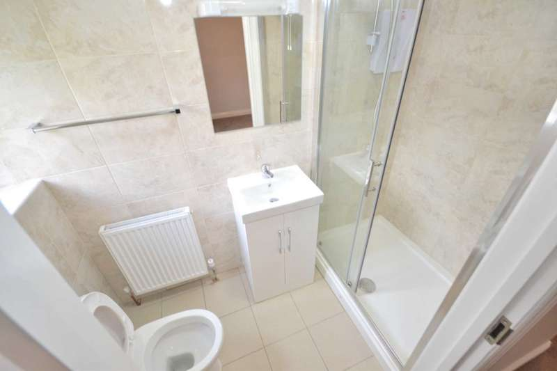 2 Bedrooms Apartment Flat for rent in Cotehouse, Wokingham Road, Earley, Reading, Berkshire, RG6 7DU