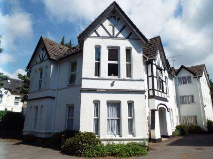 1 Bedroom Flat for sale in 85 Lansdowne Road, Bournemouth, Dorset