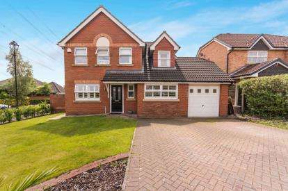 5 Bedrooms Detached House for sale in Lady Richeld Close, Runcorn, Cheshire