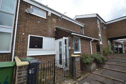 3 Bedrooms Terraced House for sale in The Rylstone, Wellingborough, Northamptonshire