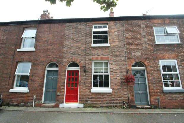 2 Bedrooms Terraced House for sale in York Terrace, Woodfield Grove, Sale