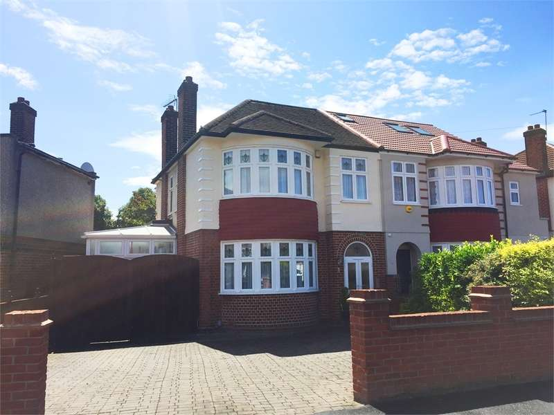 3 Bedrooms Semi Detached House for sale in Firs Park Avenue, N21