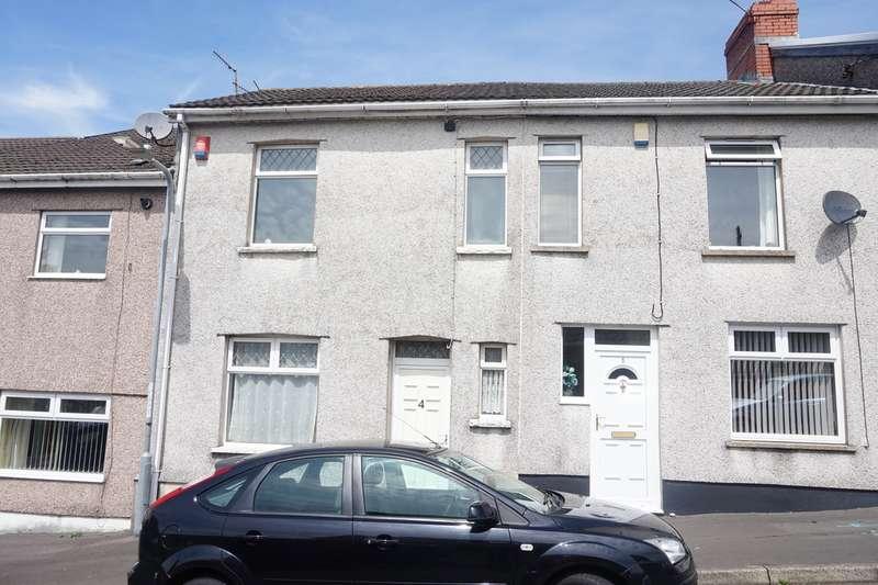 3 Bedrooms Terraced House for sale in Pritchard Terrace, Fleur de Lis, Blackwood, NP12